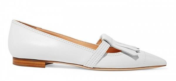 Туфли на низком каблуке белого цвета из коллекции Rupert Sanderson.