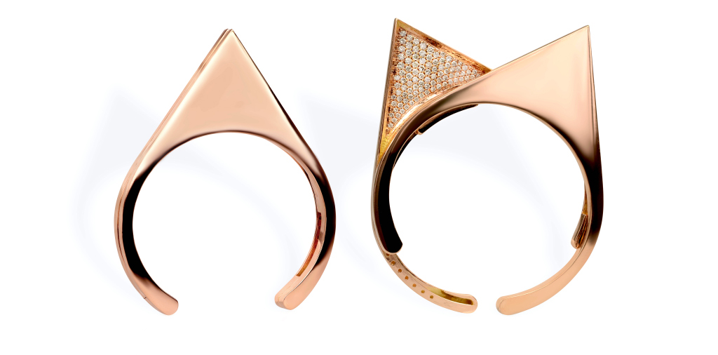Раздвижные кольца от Kim-Mee-Hye, использовав форму кошачьих ушек, инкрустированных мелкими кристаллами.