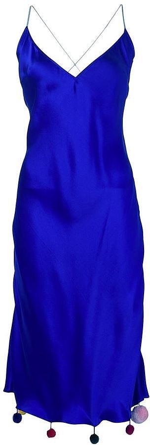 Помпоны – тренд сезона вечернее платье украшенное томпонами.