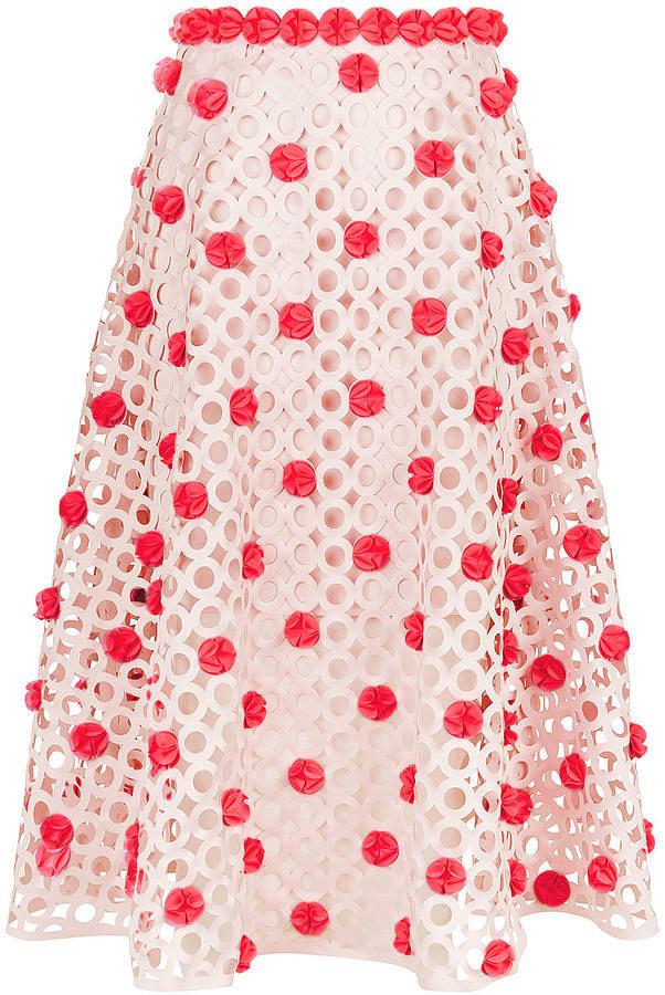 Помпоны – тренд сезона красивая юбка с многочисленными помпонами.