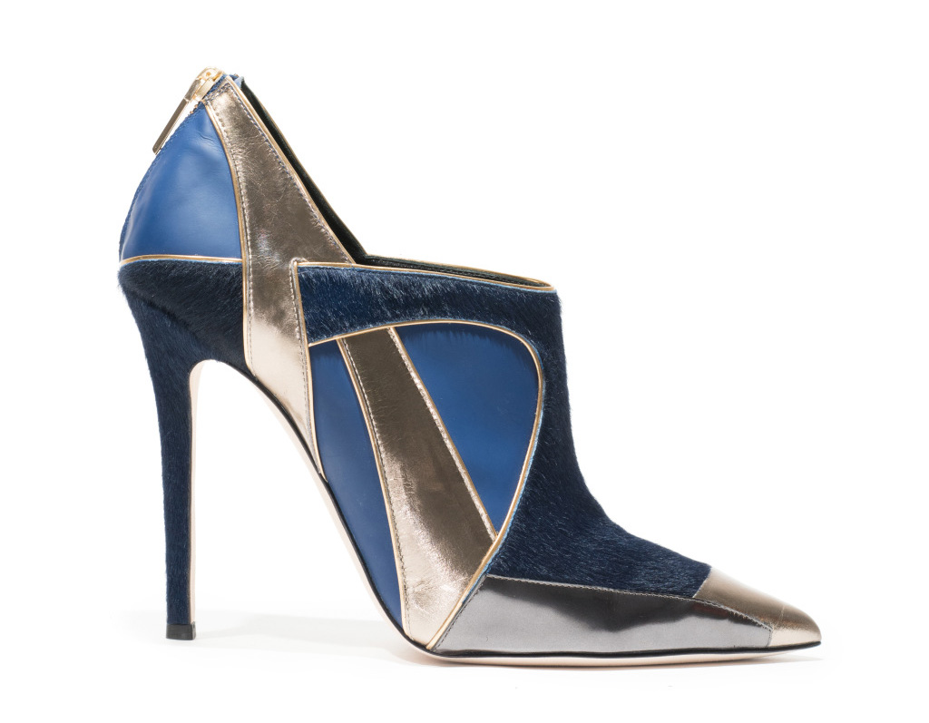 Новые тренды необычные туфли из коллекции Prabal Gurung.