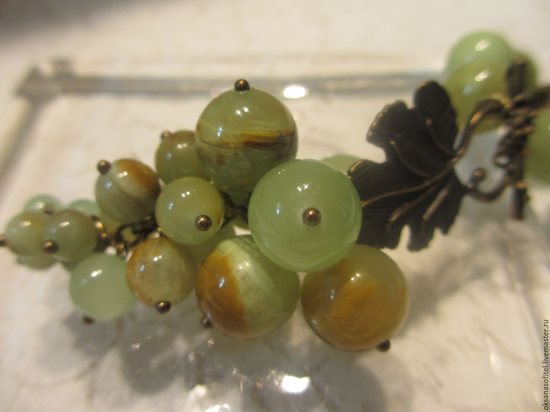 Юверные изделия из зеленого камня оникс.