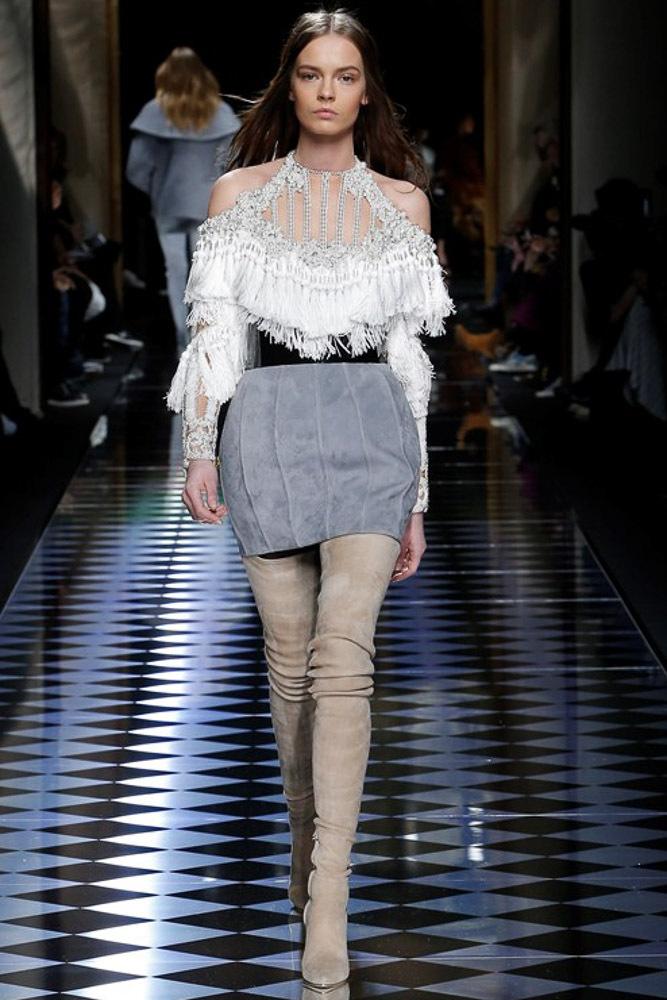 Мода осень-зима 2016-2017 - фото новинки из коллекции Balmain.