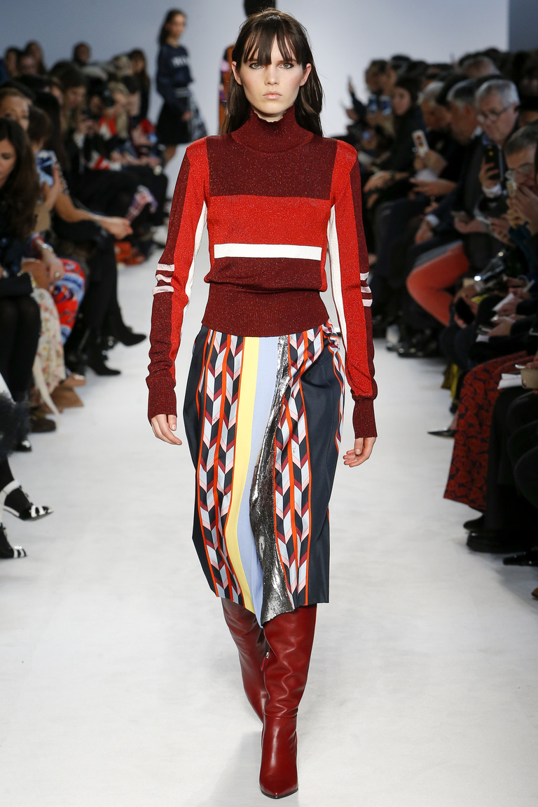 Мода осени 2016 - фото новинки из коллекции Emilio Pucci.