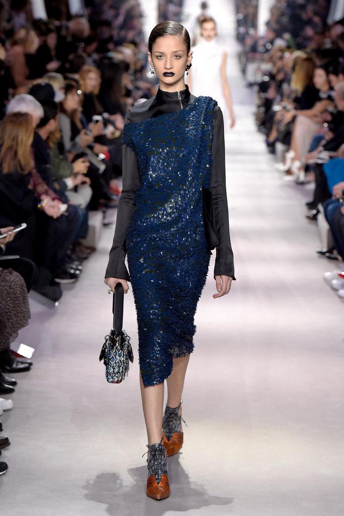 Блестки – невероятный тренд осеннего сезона фото обзор из коллекции Christian-Dior.