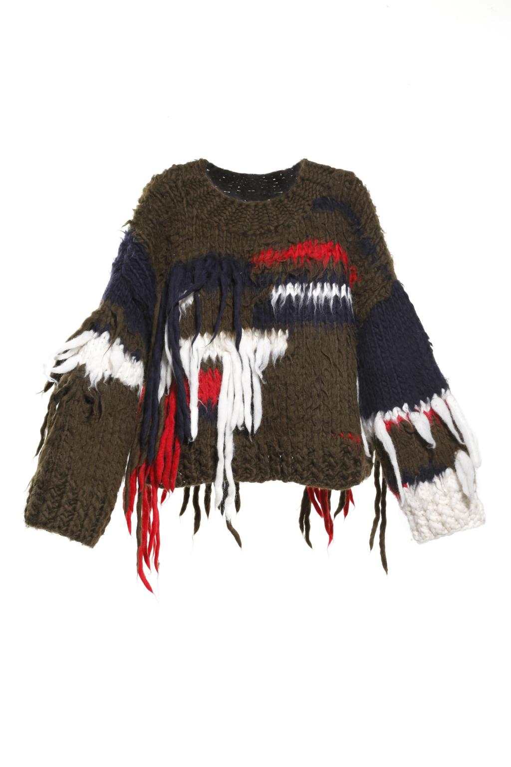 Модный короткий разноцветный свитер с торчащими нитями тренд сезона из коллекции Christopher Raeburn.