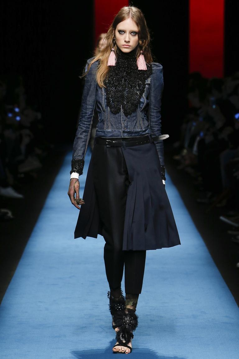 Модная одежда сезона зима 2017 - укороченная куртка, фото обзор из коллекции Dsquared².