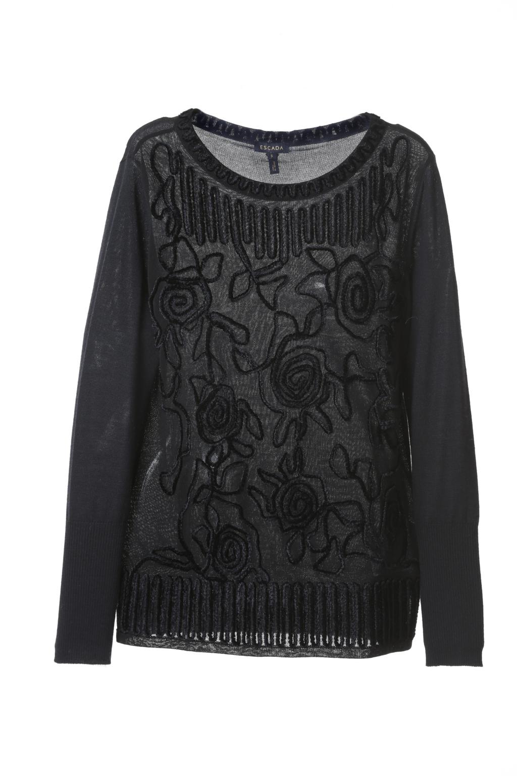 Модный черный свитер тренд сезона из коллекции Escada.