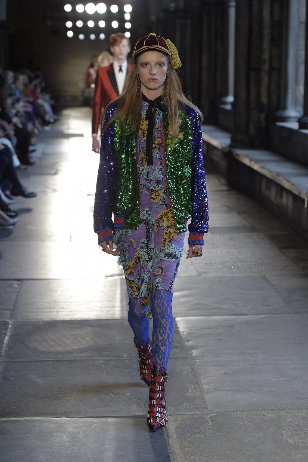 Куртка ветровка – бомбер из коллекции Gucci - новинка сезона.