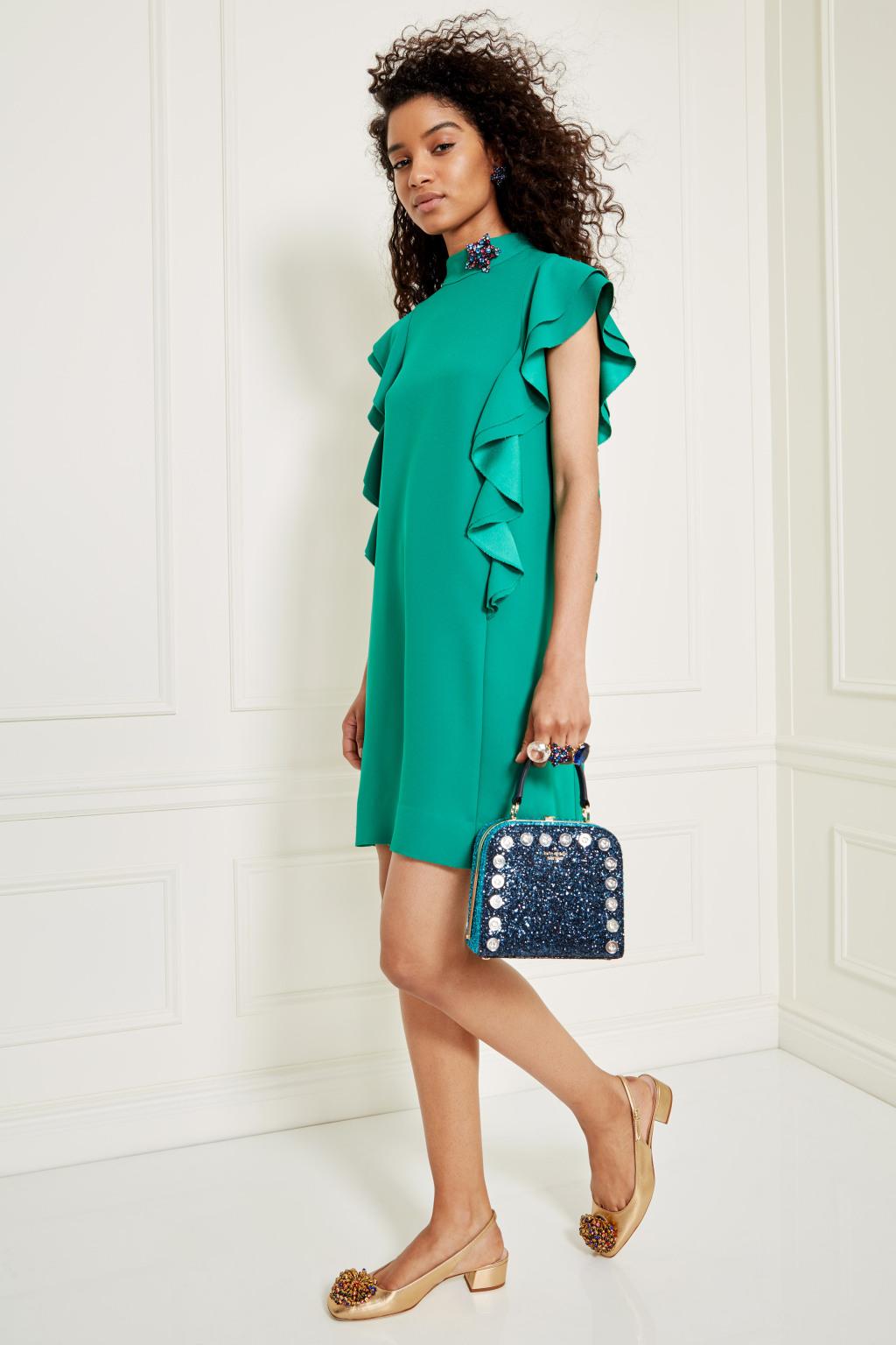 Воланы на зеленом платье– модные тенденции этого сезона фото из коллекции Kate Spade.