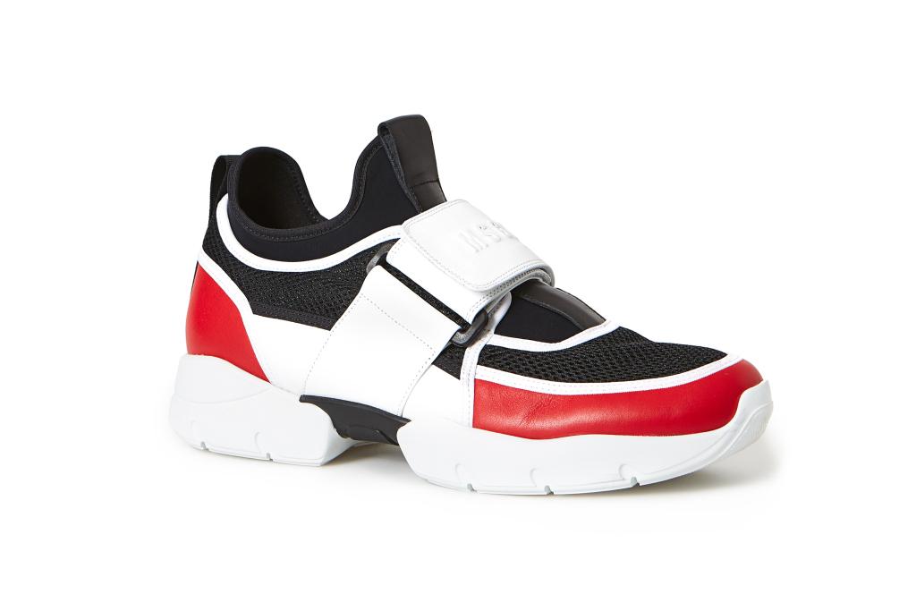 На фото: обувь в мужском стиле из коллекции MSGM.