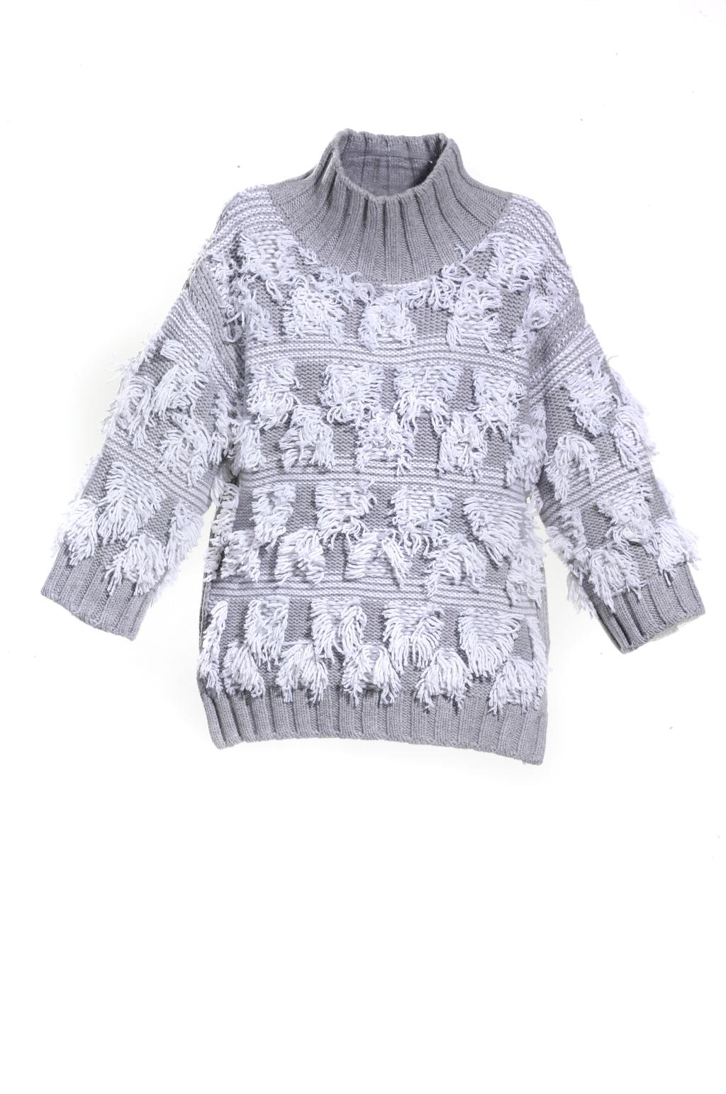 Модные свитера тренд сезона из коллекции Sayaka Davis.