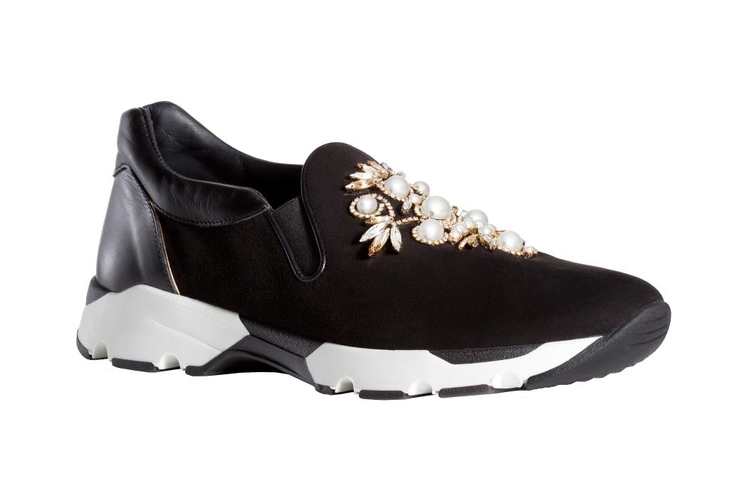 На фото: обувь в мужском стиле из коллекции Rene-Caovilla.
