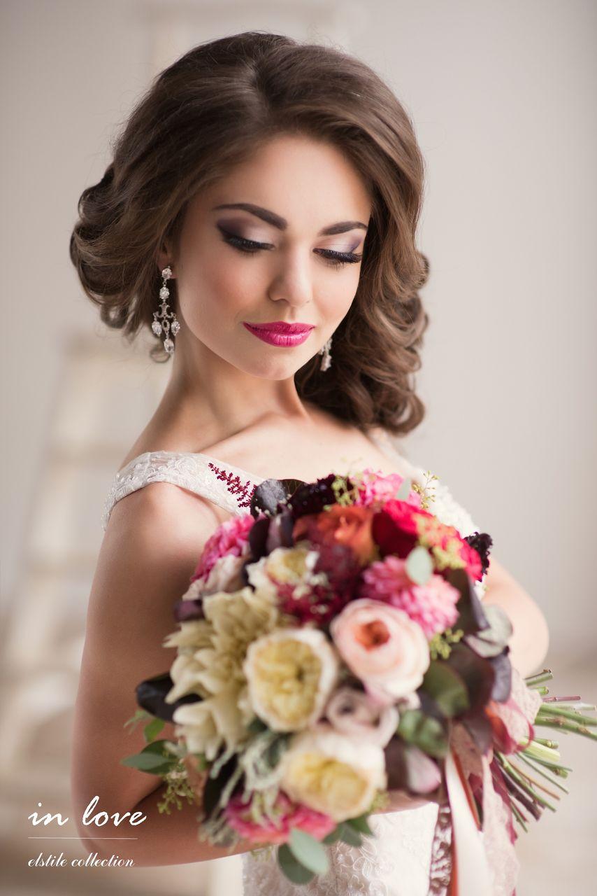 На фото: свадебный макияж.