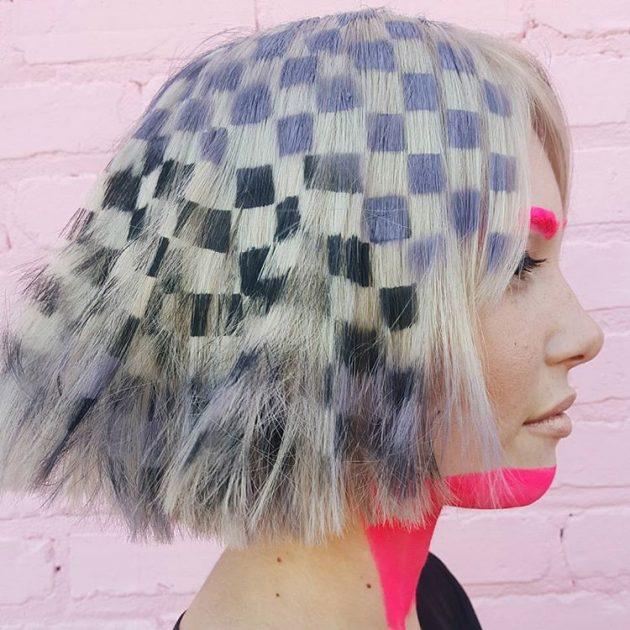 На фото: картины на средней длины волосах – новый модный тренд.