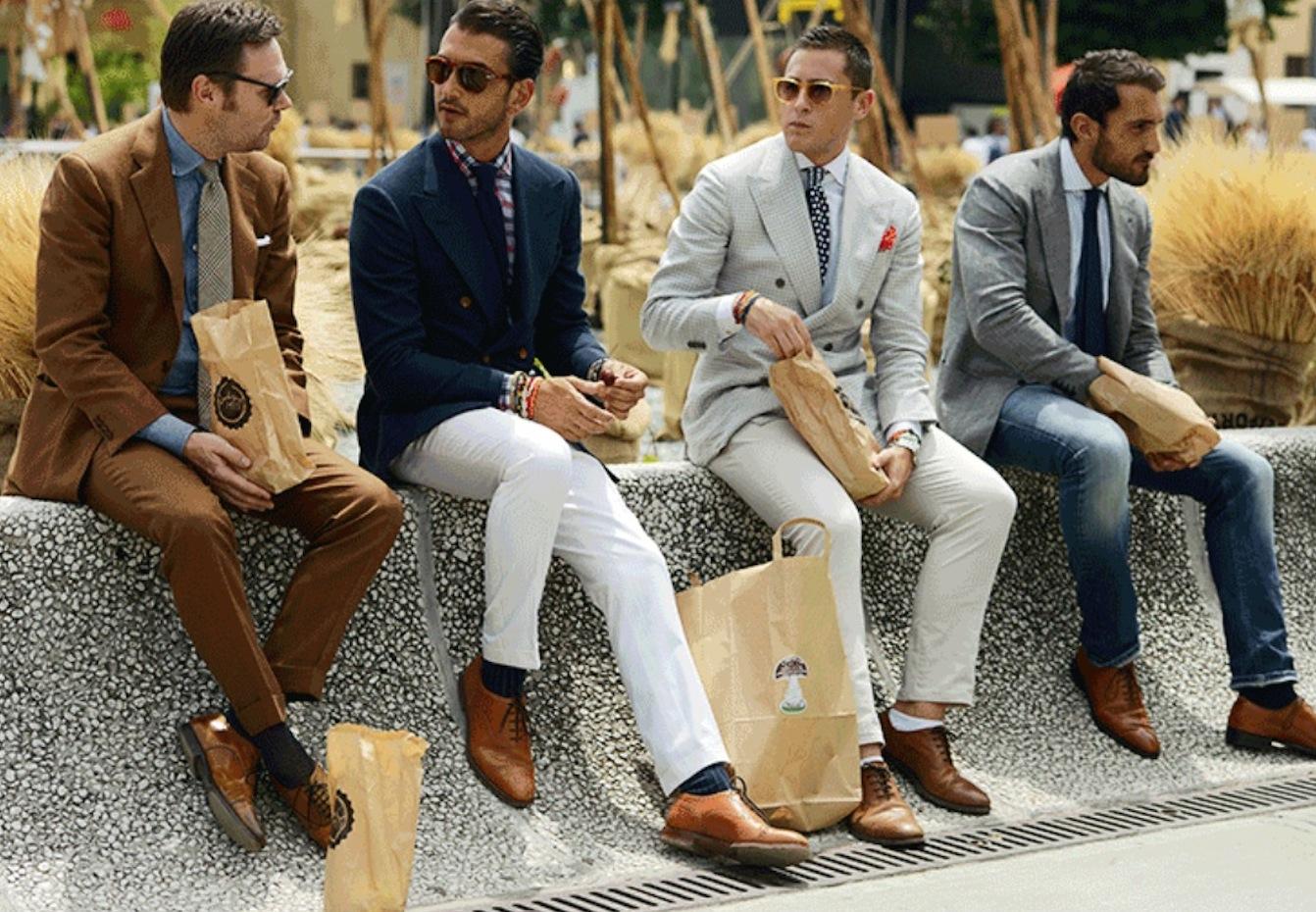 На фото: итальянский стиль одежды для мужчины: предпочтение дорогим брендовым моделям.
