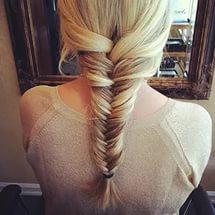 На фото: красивые прически на длинные волосы - «Игра престолов»: сложное плетение волос.