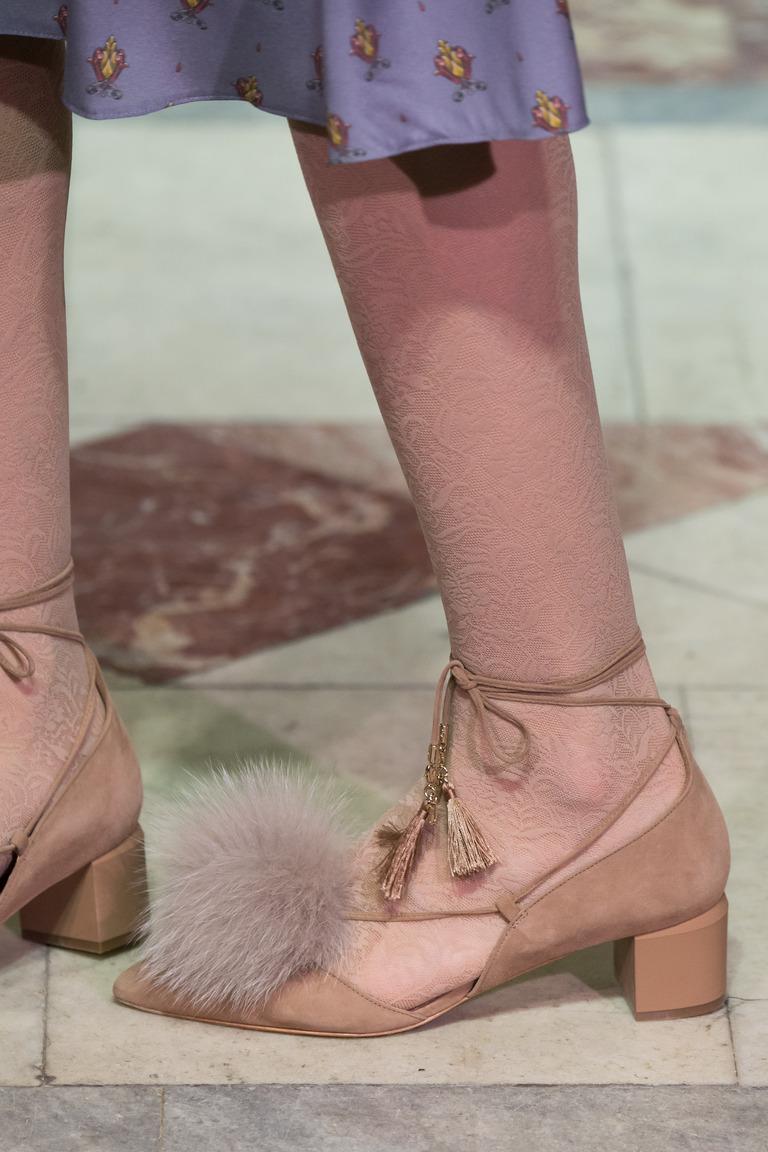 Модные туфли с квадратным каблуком – тренд осени и зимы 2016-2017 из коллекции A-La-Russe-Anastasia-Romantsova.