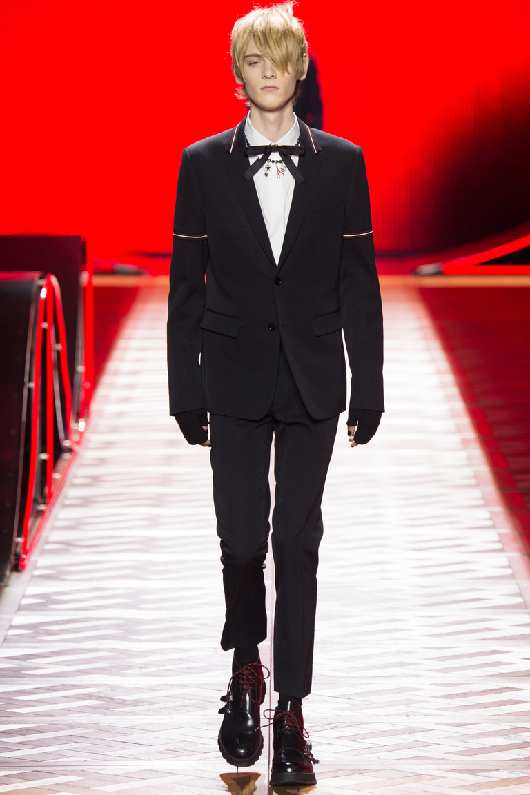 Total black – тренды мужской моды 2016-2017 фотообзор коллекцииDior-Homme.