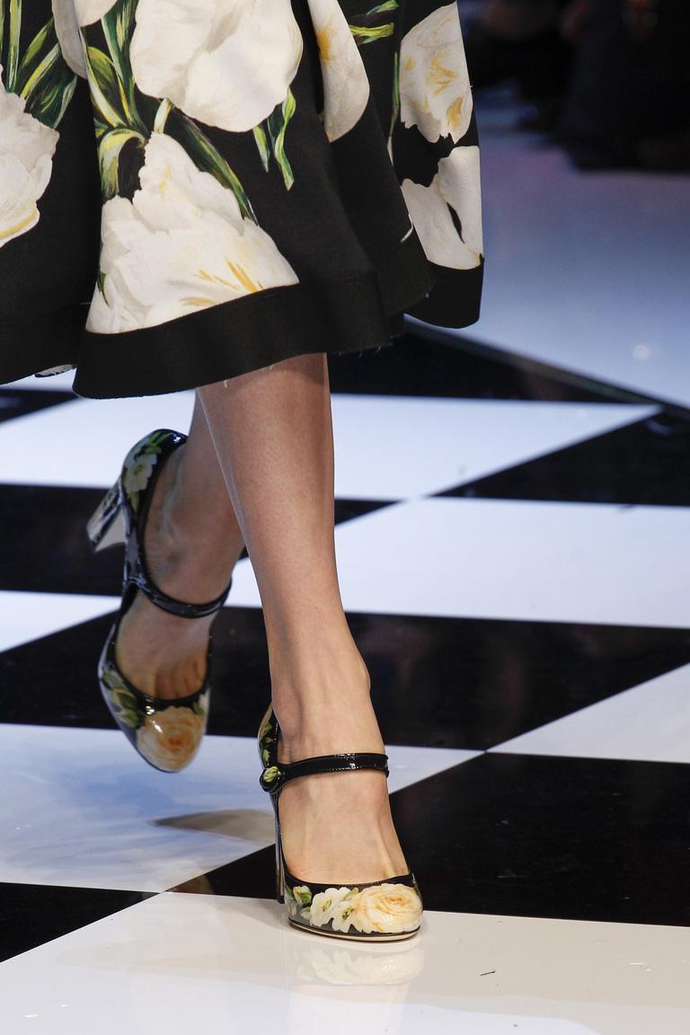 На фото: модные модели туфель сезона 2016-2017 из коллекции Dolce-Gabbana.