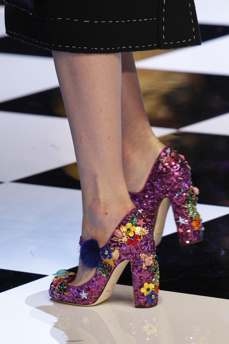 Модные туфли с квадратным каблуком – тренд осени и зимы 2016-2017 фотообзор из коллекции Dolce-Gabbana