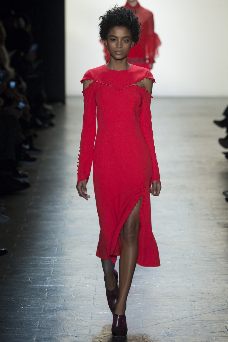 Красное модное платье 2017 из коллекции Prabal Gurung