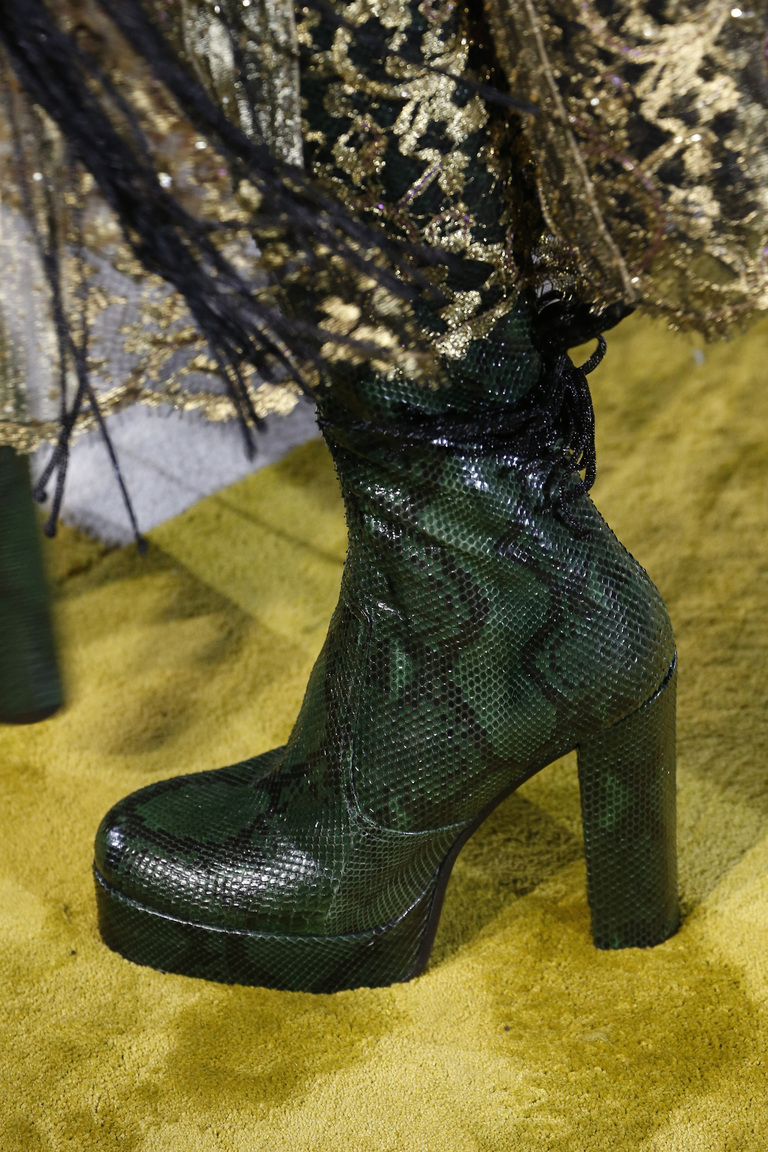 944b8536483cd4 Модне жіноче взуття осені-зими 2016/17 (фото) - Жіночий журнал ...