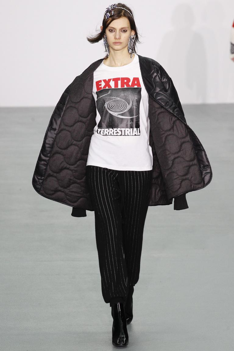 Модные укороченные женские классические брюки 2017 - фотообзор коллекциии Ashley-Williams.