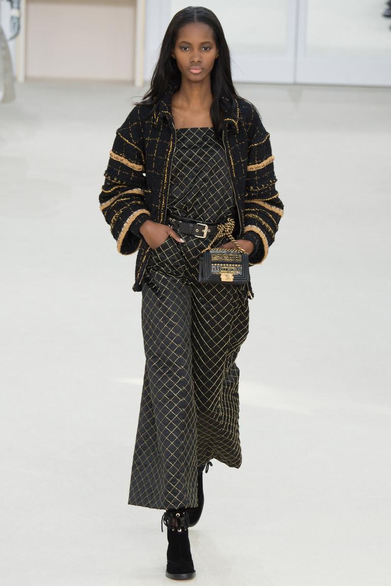 Широкие серые женские брюки 2017 из новой коллекции Chanel