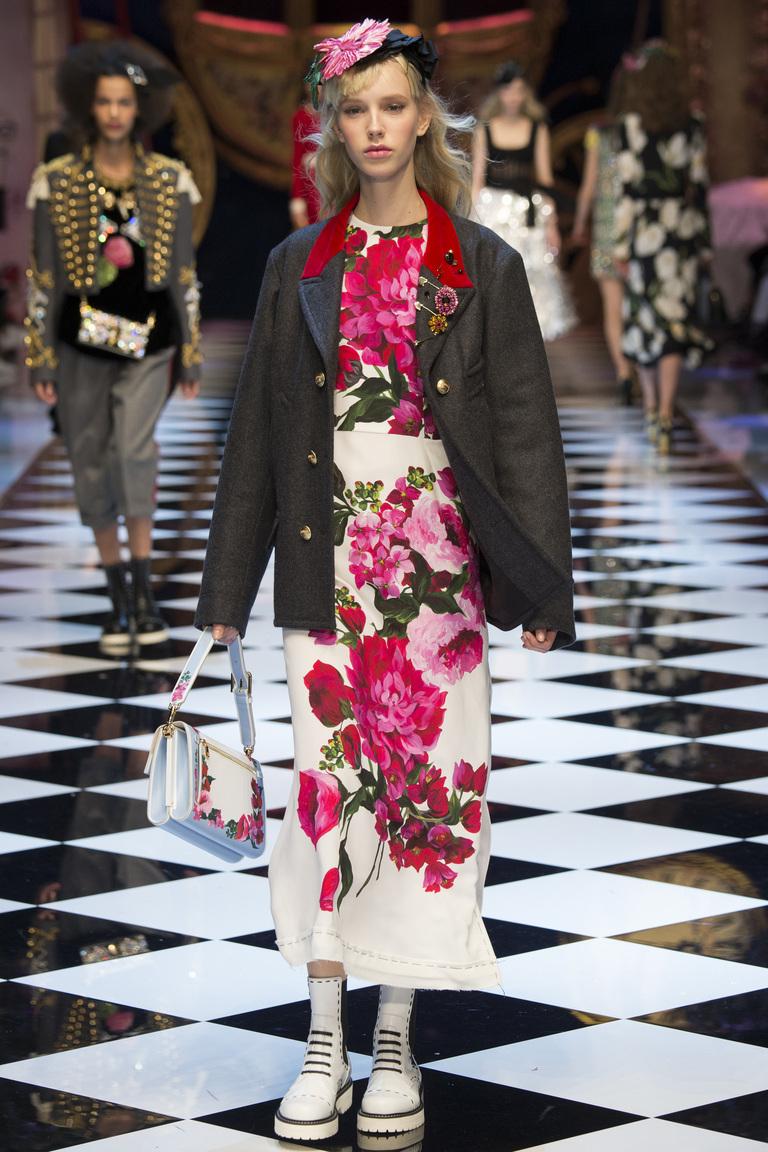 Модные пиджаки размера оверсайз осень 2016 и зима 2017 фотообзор коллекции Dolce-Gabbana.
