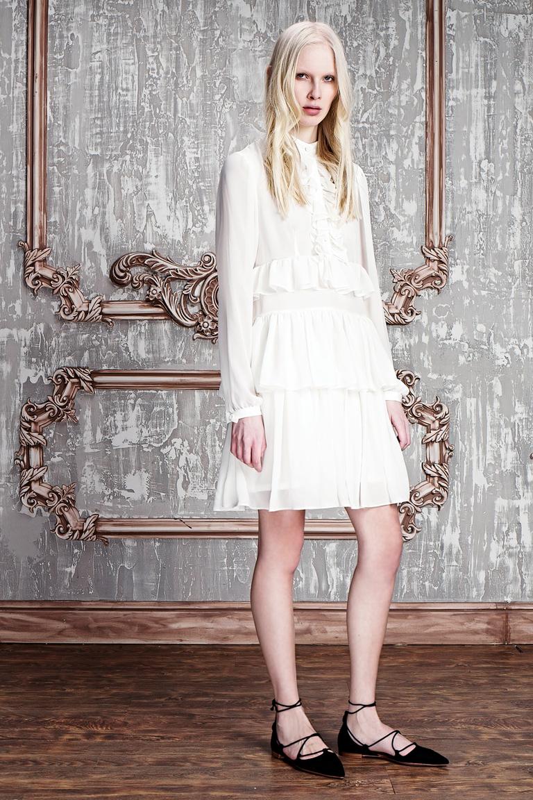 На фото: яркие новинки сезона - платье из коллекции Girlpower.