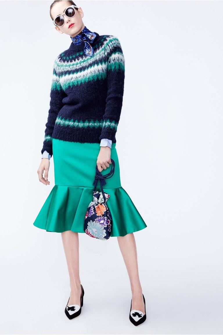 На фото: модная юбка 2017 с баской  из коллекции J.-Crew.