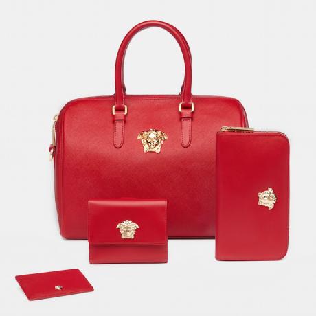 Коллекция новогодних подарков от Versace