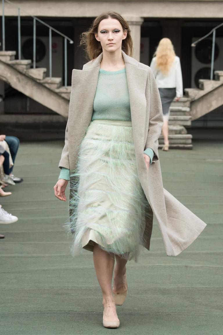 На фото: пальто из коллекции Walk-of-Shame.