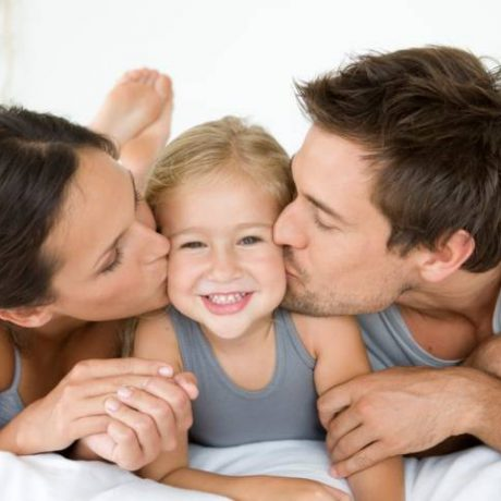 10 привычек родителей, у которых вырастают счастливые дети