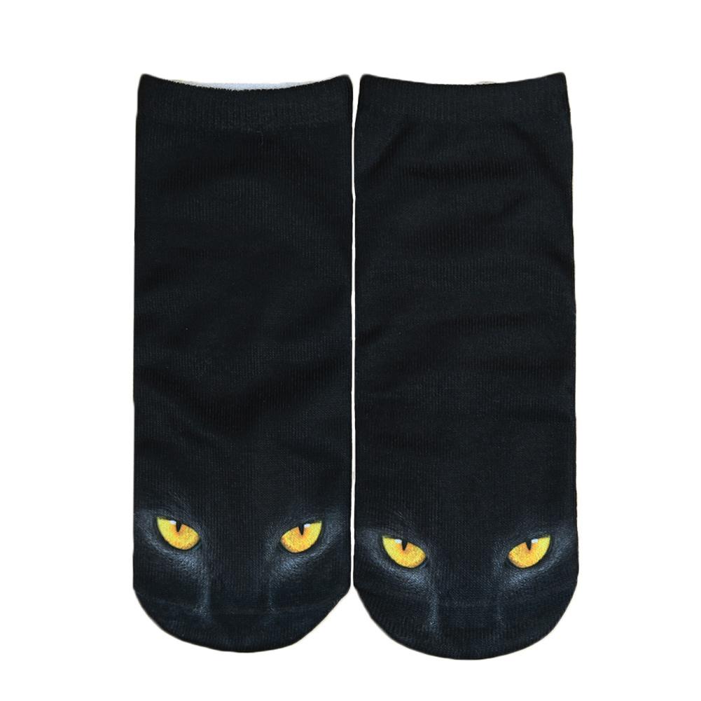 Яркие носки с веселыми рисунками