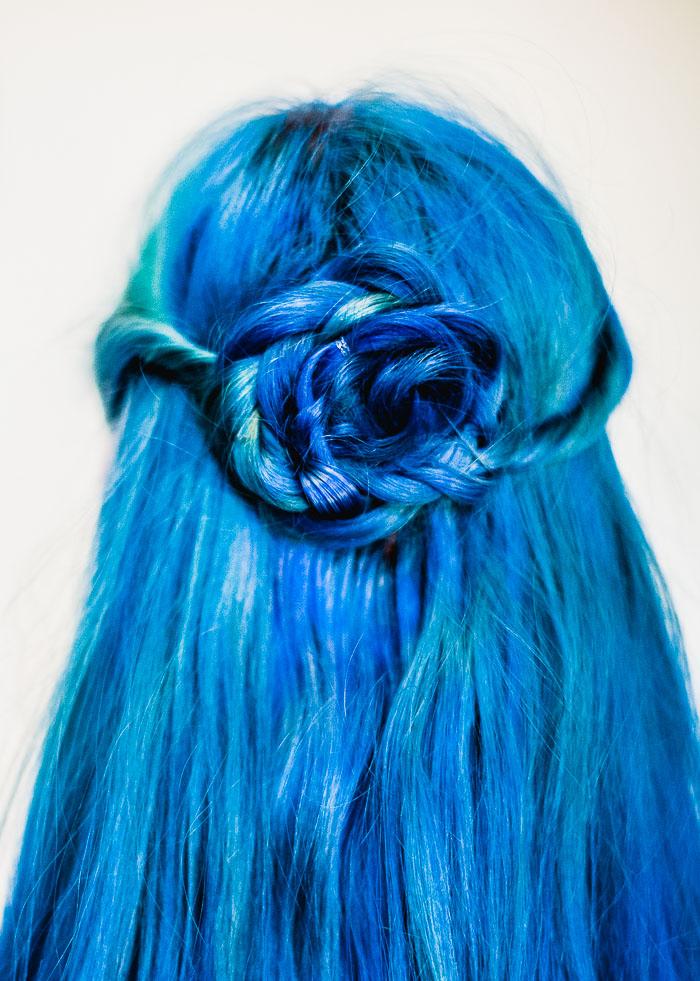 Новая прическа для средних волос - мальвинка розочка