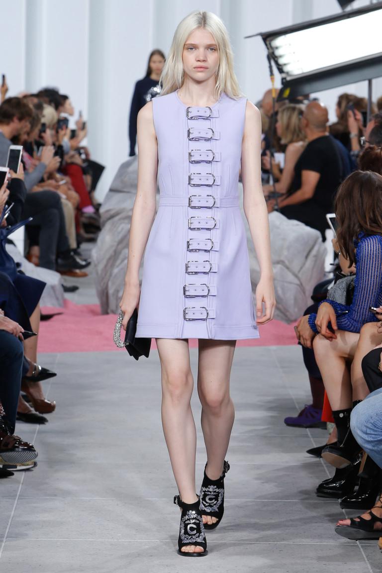 Голубое модное короткое платье 2017 - фото новинки из  коллекции Carven