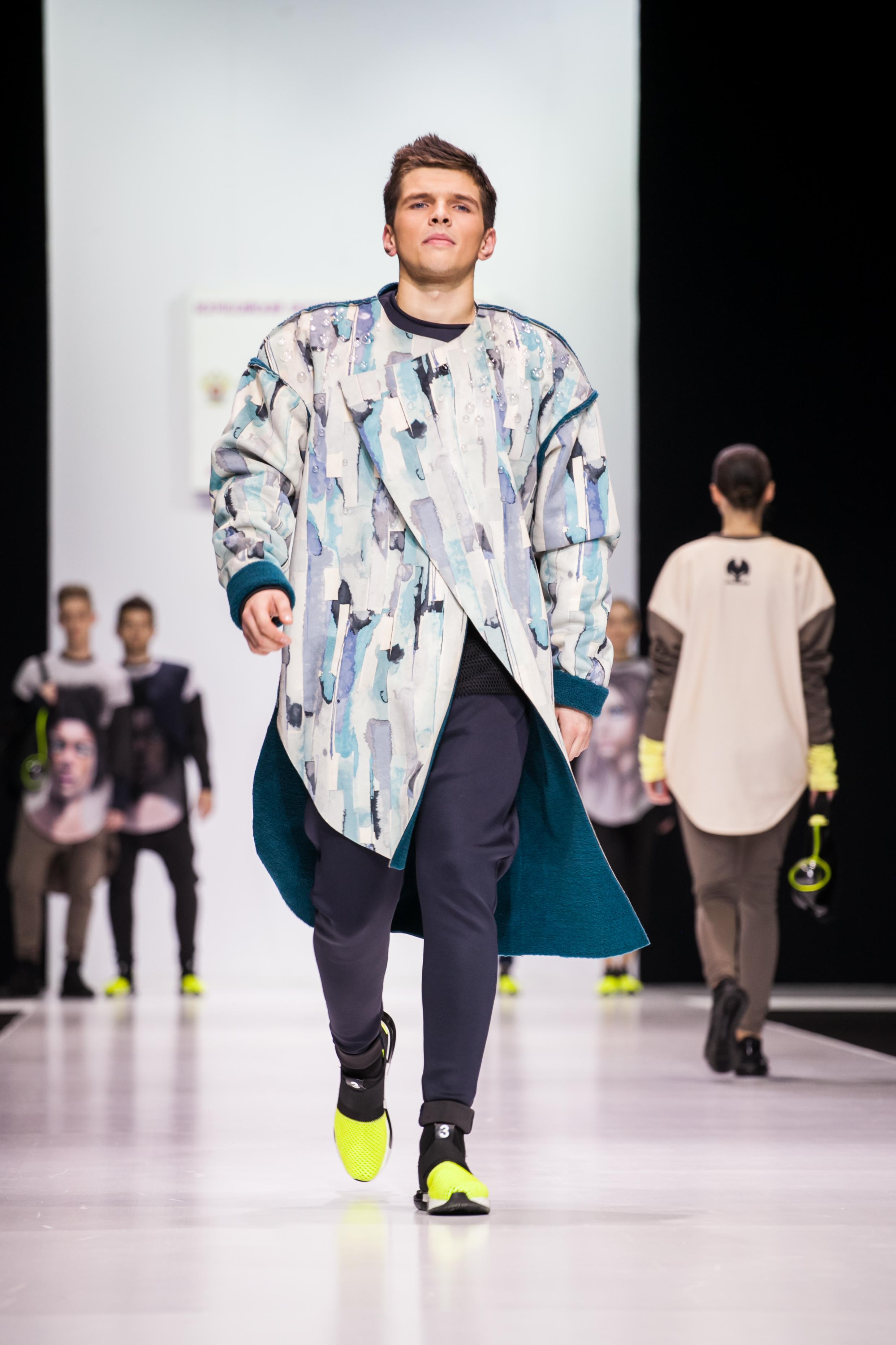 Показ Юлии Морозовой на Неделе моды в Москве
