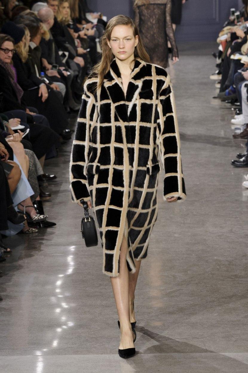 Пальто-кокон и пальто оверсай2017 з: с чем носить?