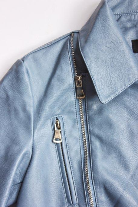 Крутая голубая косуха с вышивками