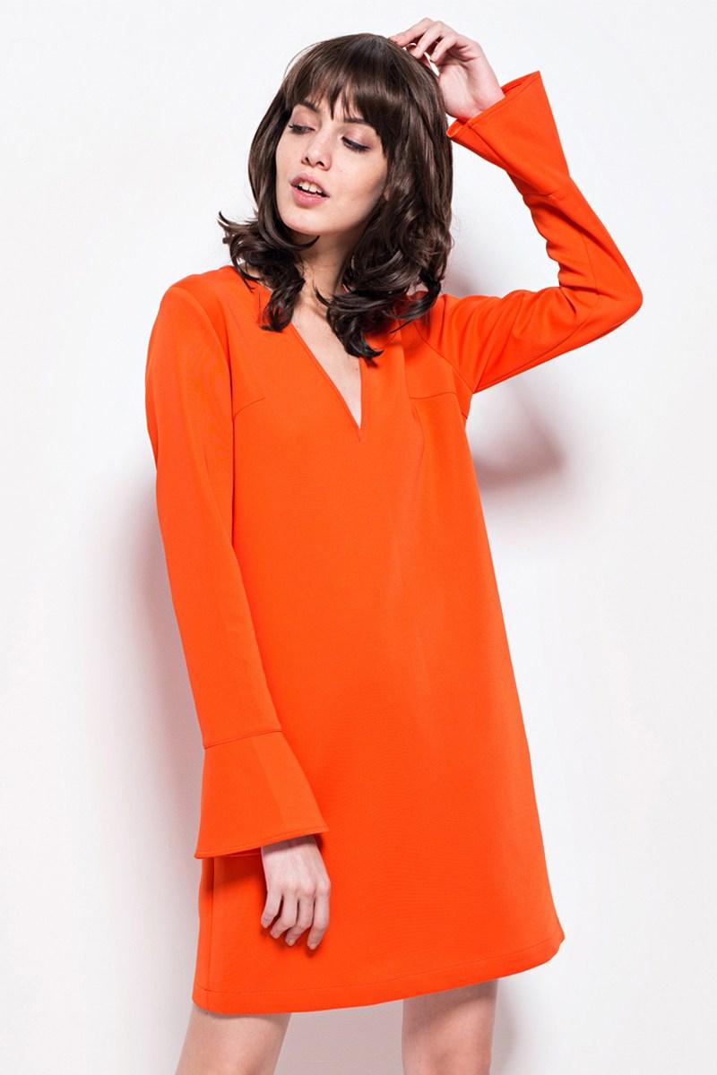 Модное оранжевое прямое платье 2017 - фото новинки сезона