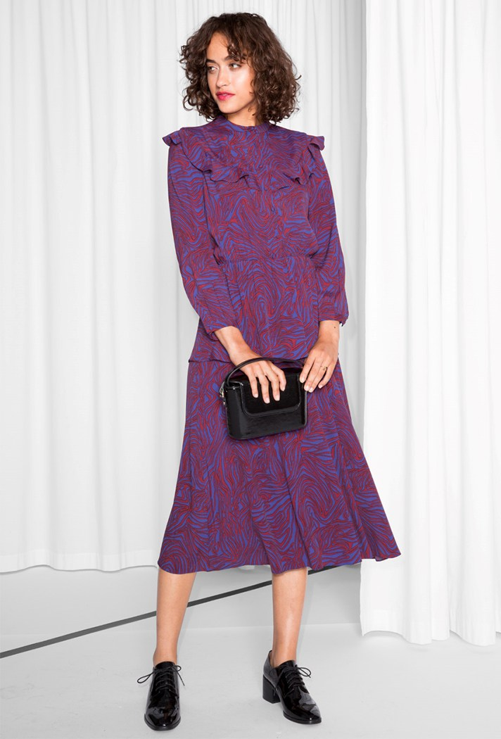 Красивое фиолетовое модное платье - модель 2017 года