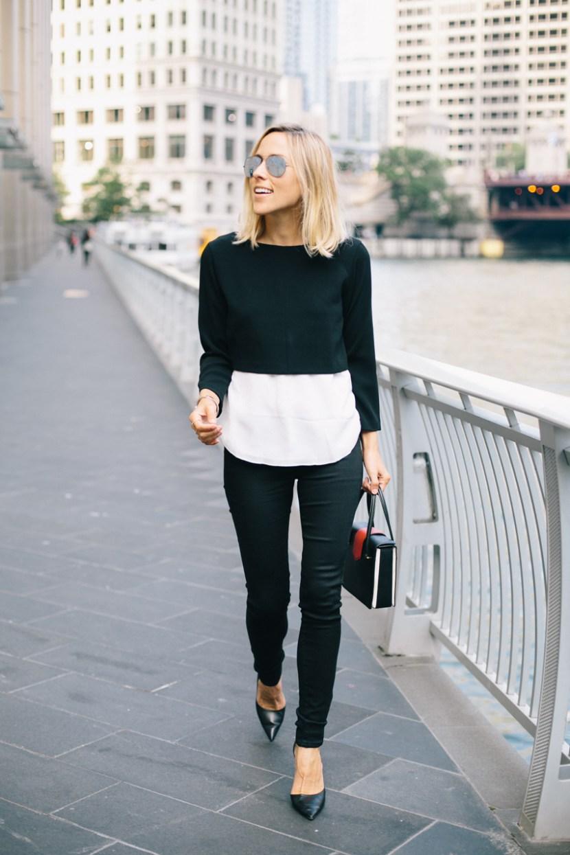 На фото: изящные приталенные кофты 2017.Черно-белая модная кофта 2017 в строгом офисном стиле - фото новинки и тренды сезона