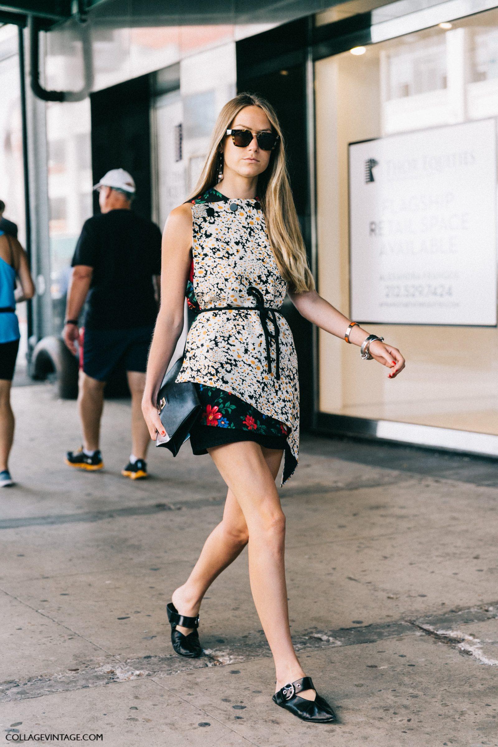 Модное короткое платье с цветочным принтом - мода 2017