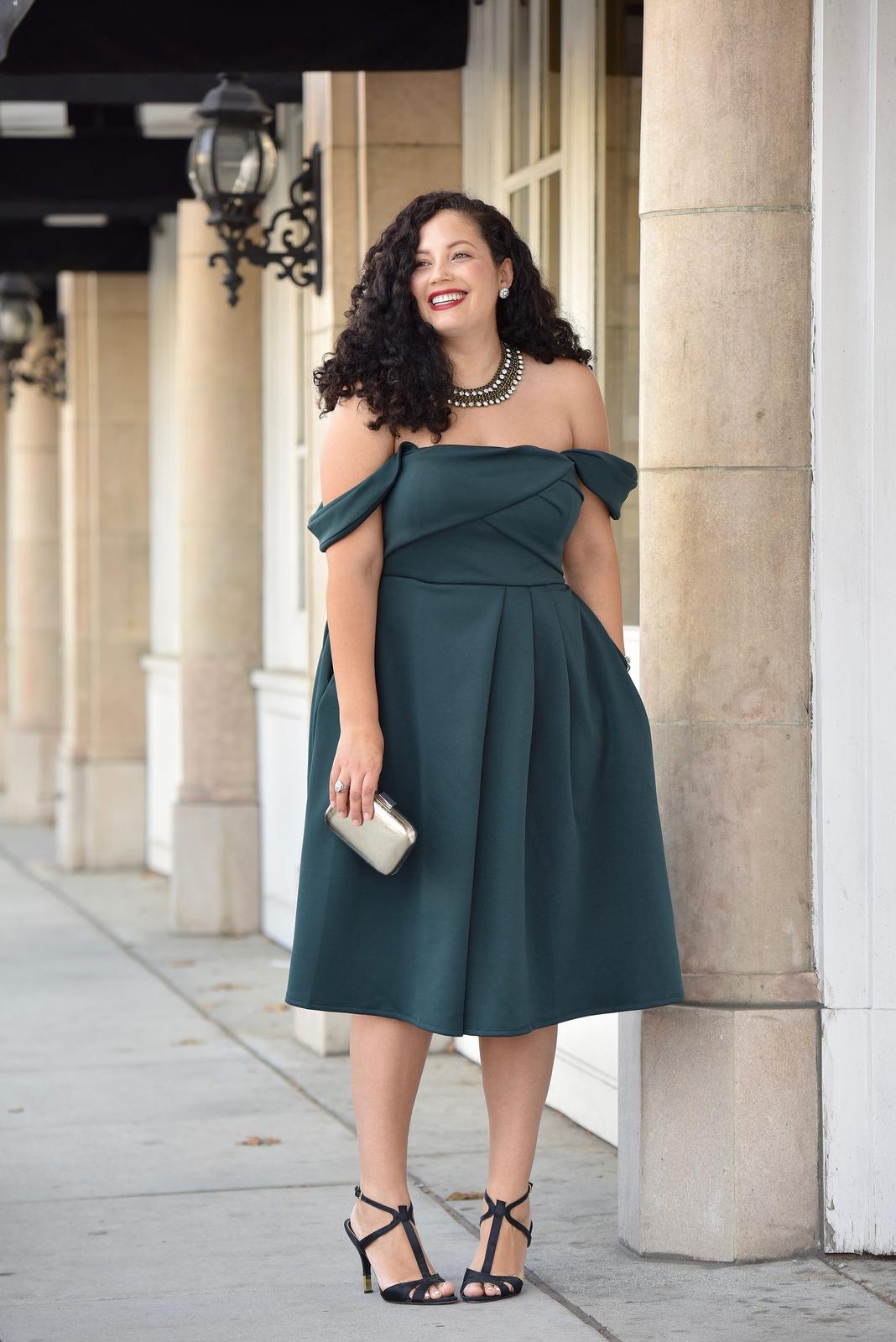 Модні сукні розміру plus-size весни-літа 2017 (фото) - Жіночий ... a2cb655f39067
