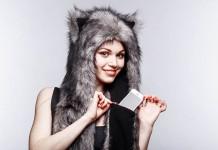 Волкошапка: веселые шапки возвращают в детство