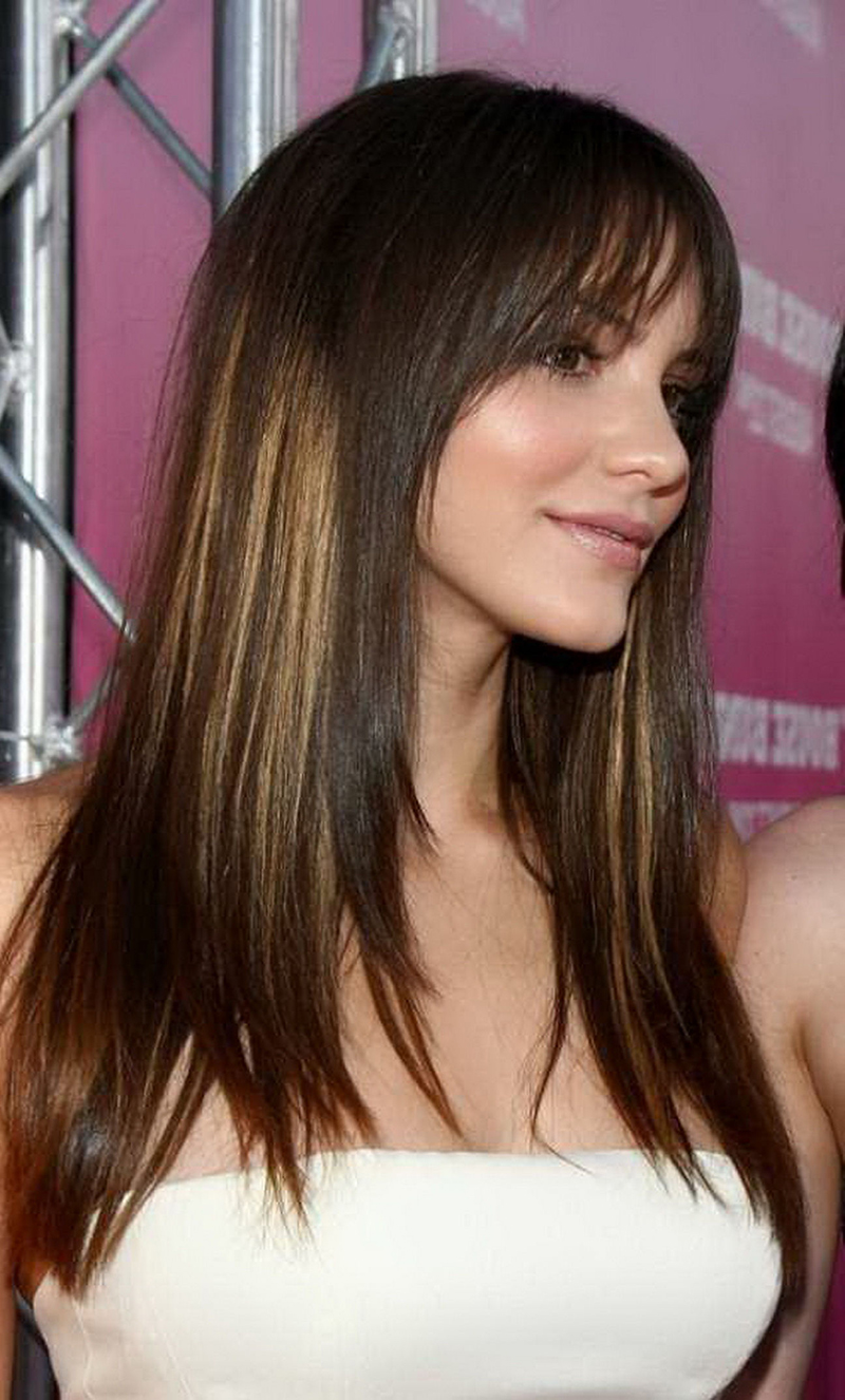 Стрижка каскад на средние волосы фото с мелированием