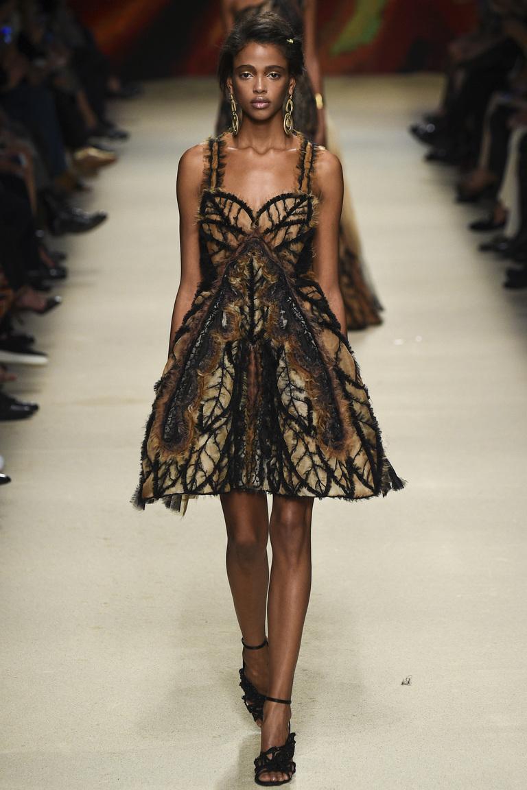 Коктейльное платье на показ