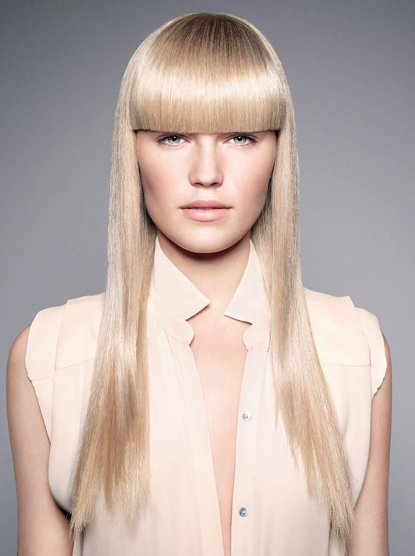 длинные волосы с густой прямой челкой